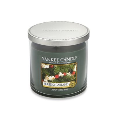 Yankee Candle Holiday Garland Medium 2-Wick Candle Tumbler