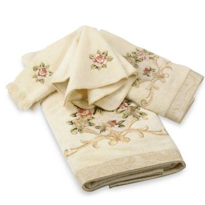 Avanti Rosefan Fingertip Towel in Ivory
