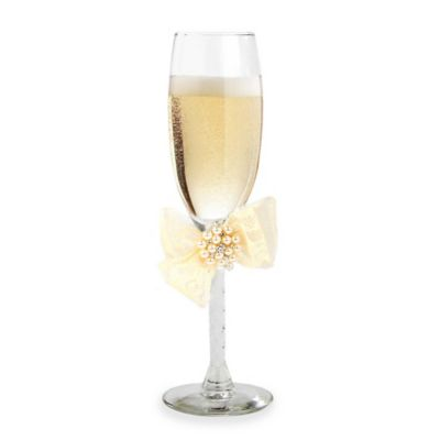 Ivy Lane Design Delilah Toasting Flutes White (Set of 2)
