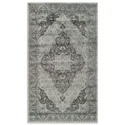 "Safavieh Vintage Kiana 4' x 5'7"" Accent Rug in Light Blue"