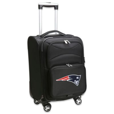 NFL New England Patriots 20-Inch Carry On Spinner