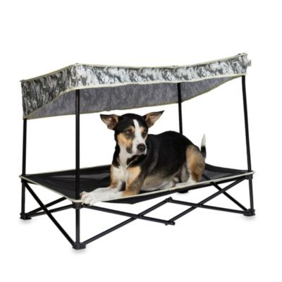 Large Instant Pet Shade in Digital Camo