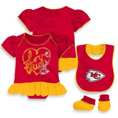 NFL Kansas City Chiefs Size 12M 3-Piece Girl Creeper Bib and Bootie Set