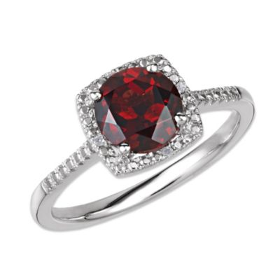 Sterling Silver .01 cttw Diamond and Garnet Size 7 Birthstone Ring