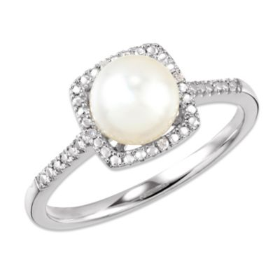 Sterling Silver .01 cttw Diamond and Freshwater Cultured Pearl Size 7 Birthstone Ring