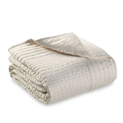 Vince Camuto Crocodile Full/Queen Coverlet in Ivory