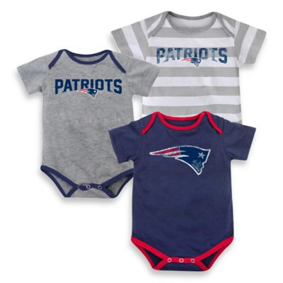 NFL Size 24M 3-Piece New England Patriots Bodysuit Set