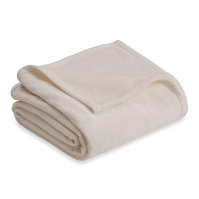 Plush Full/Queen Blanket in Ivory