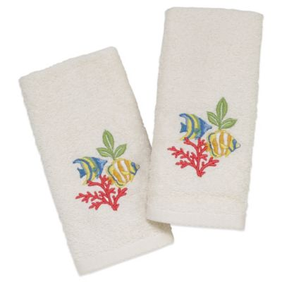 Avanti Coral Fish Fingertip Towel in Ivory (Set of 2)