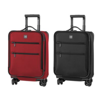 Victorinox® Lexicon 20-Inch Expandable 8-Wheel Carry On in Black