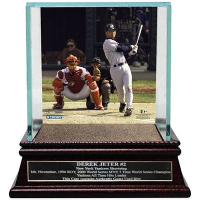 Steiner Derek Jeter Moments 1st Career Homerun Glass Display Case