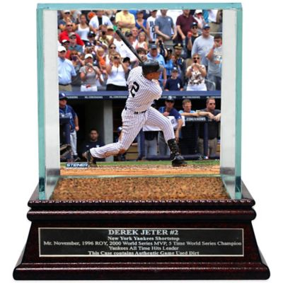 Steiner Derek Jeter Moments 3000th Hit Single Ball Glass Display Case