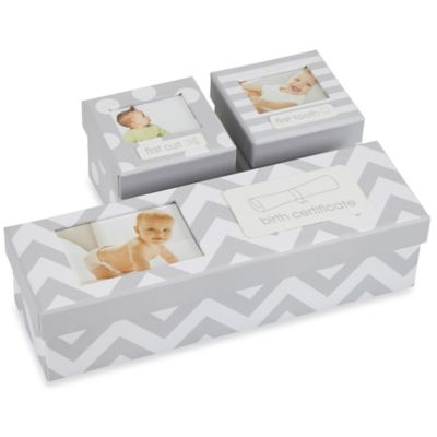 Pearhead Keepsake Box Set in Grey/White