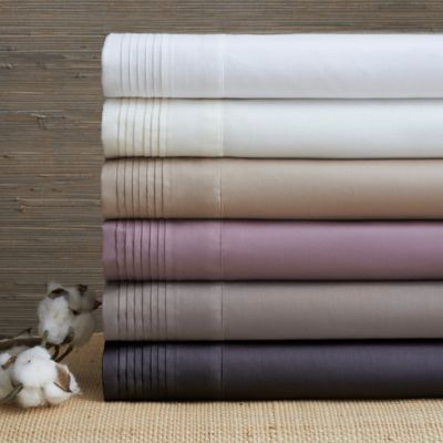Easy-Care Solid Sheet Set