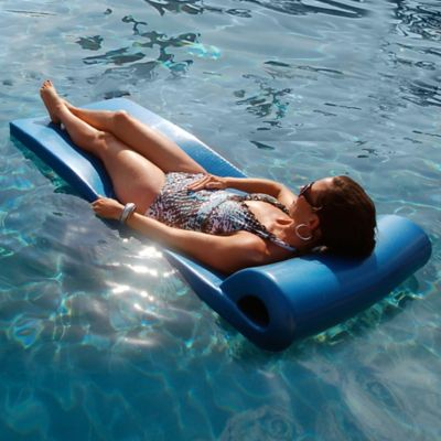 Ultra Pool Float in Metallic Blue