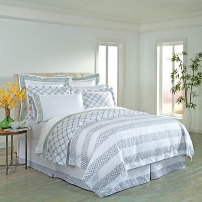 COCOCOZY™ Reversible Queen Duvet Cover in Peridot