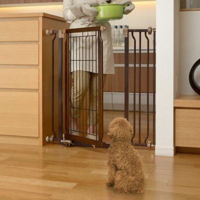 Hands-Free Pet Gate