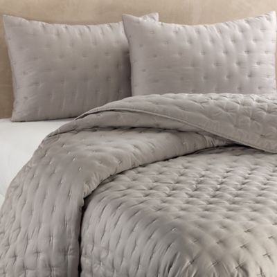 Vera Wang™ Luster King Quilt in Heather Grey