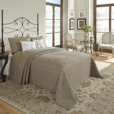 Nostalgia Home™ Valinda Reversible Queen Bedspread in Mocha