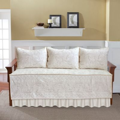 Nostalgia Home™ Valinda Daybed Bedding Set in Ivory