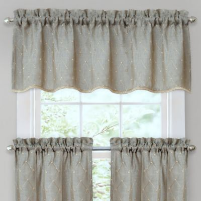 Crystal Brook Window Valance in Blue