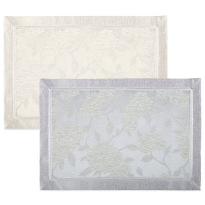 Waterford® Hydrangea 13-Inch x 19-Inch Placemat in Ivory
