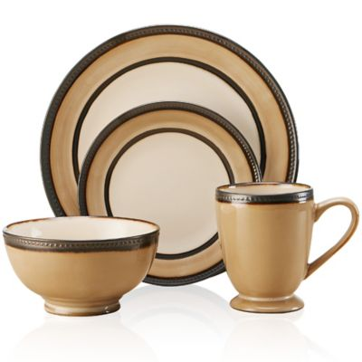 Pfaltzgraff® Everyday Catalina 16-Piece Dinnerware Set in Cream