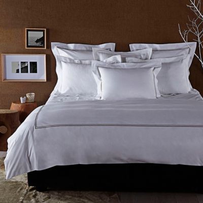 Frette At Home Piave Queen Duvet Cover in White/Stone