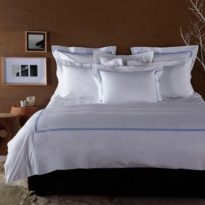 Frette At Home Piave Queen Duvet Cover in White/Blue