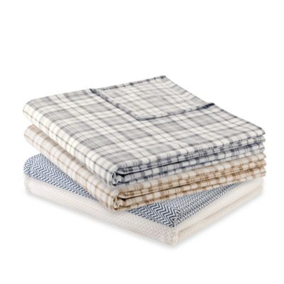Regency Heights Chelsea Twin Microfleece Blanket in Grey Herringbone