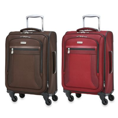Ricardo Beverly Hills Montecito Micro-Light 20-Inch 4-Wheel Expandable WheelAboard™ in Wine