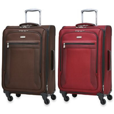 Ricardo Beverly Hills Montecito Micro-Light 24-Inch 4-Wheel Expandable Spinner Upright in Wine
