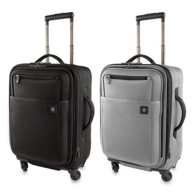 Victorinox Avolve 2.0 4-Wheel Expandable 20-Inch Carry-On in Black
