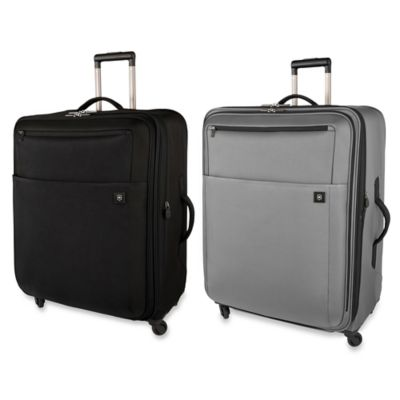 Expandable Wheeled Upright in Black