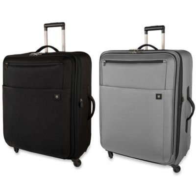 Victorinox Avolve 2.0 30-Inch Expandable 4-Wheeled Carry-On in Graphite