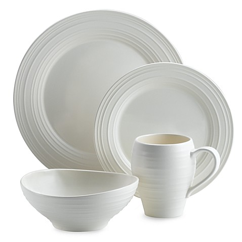 Mikasa® Swirl 4-Piece Place Setting in White
