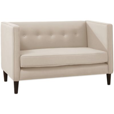 Skyline Furniture 5 Button Loveseat in Linen Talc