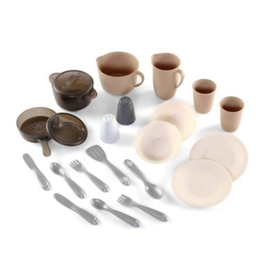 Step2® LifeStyle 22-Piece Dining Room & Pots and Pans Set