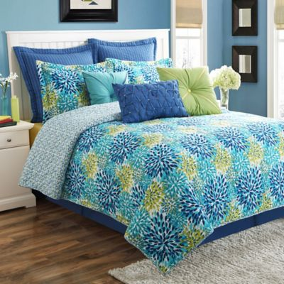Fiesta® Ava Reversible King Quilt Set