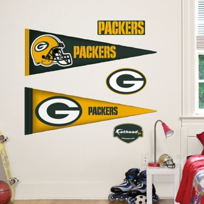 Fathead® NFL Green Bay Packers Pennant Junior Wall Graphic