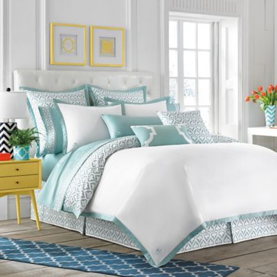 Jill Rosenwald Newport Gate Reversible Twin Duvet Cover in Mint Green