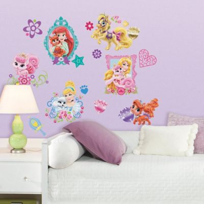 Disney princess palace pets peel and stick giant wall decals for Chambre princesse disney