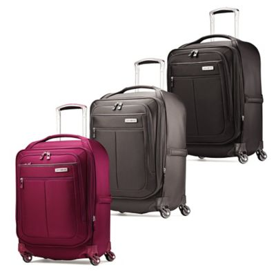 Samsonite MIGHTlight™ 21-Inch Carry-On Spinner in Berry