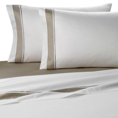Frette At Home Arno Queen Sheet Set in White/Stone