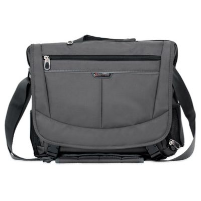 Ricardo Beverly Hills Mar Vista 16-Inch Messenger Bag in Graphite