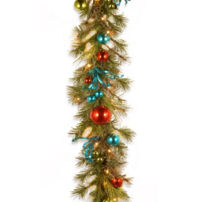 9 ft Lighted Garland