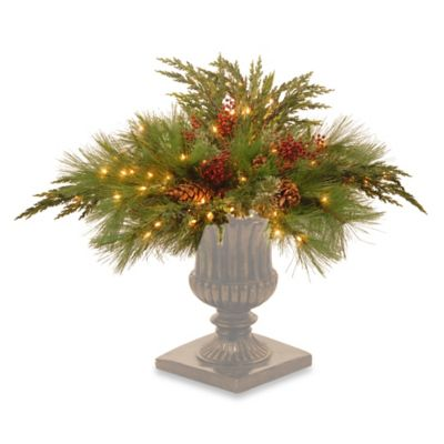 Decorating Outdoor Urns for Christmas