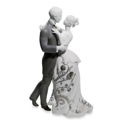 Lladro Lovers' Waltz Porcelain Figurine