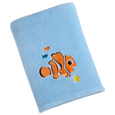 Disney® Nemo Solid Applique Fleece Blanket