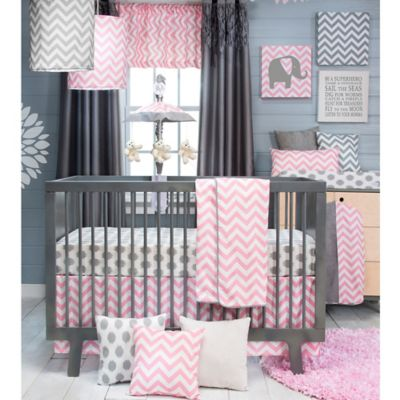 Glenna Jean Swizzle 3-Piece Crib Bedding Set in Pink